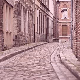 Rue pavée du Vieux Lille